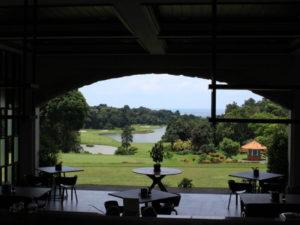 レストランから見えるゴルフ場