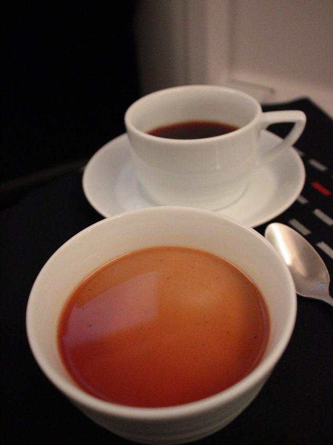 ほうじ茶プリンとコーヒー